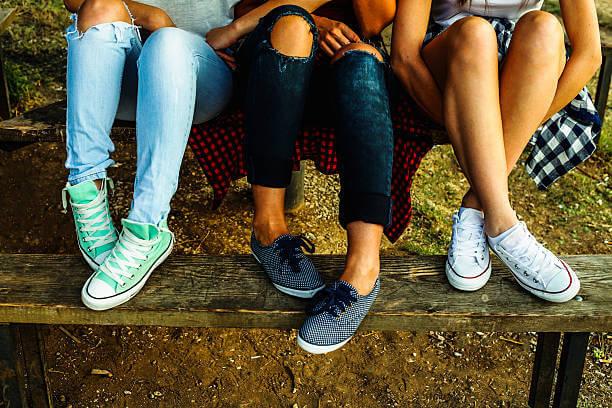 Из чего изготавливают детские кроссовки