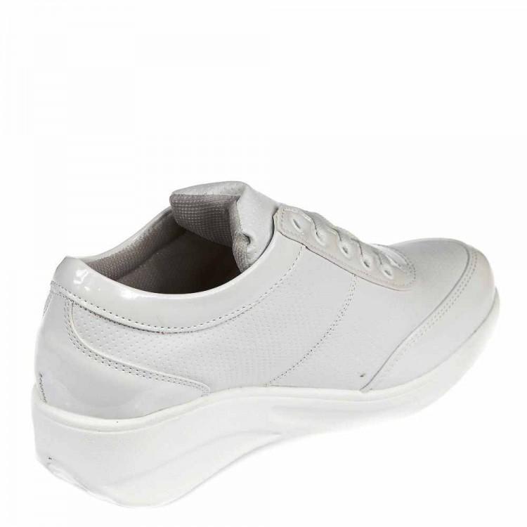 Кроссовки Mille 215-04 белые (36-40)